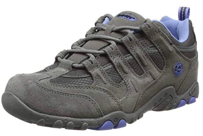 456a78ef32c Las mejores zapatillas para senderismo  calzado para tus viajes perfecto  para andar e impermeable
